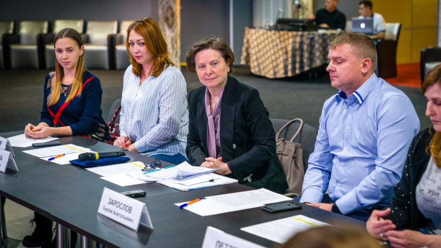 Наталья Комарова вместе с когалымчанами обсудила перспективы строительства в городе социальных объектов