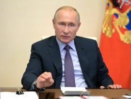 Владимир Путин заявил об историческом шансе решить в России жилищный вопрос