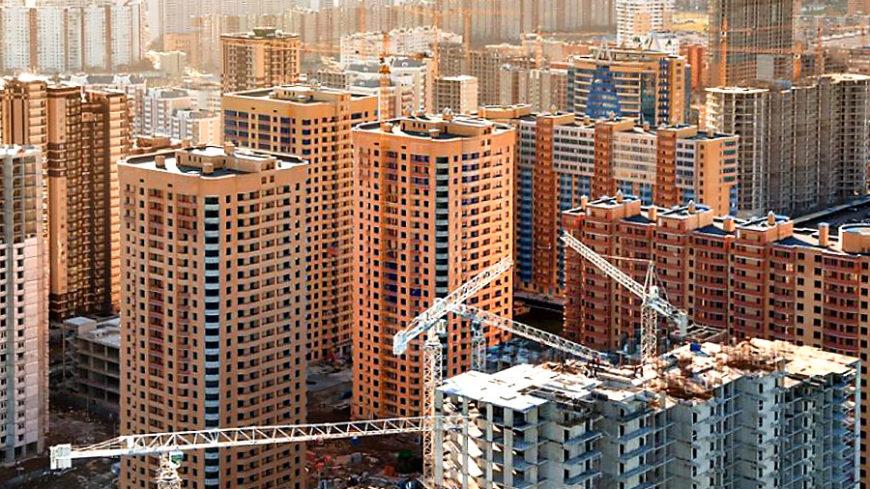 Владимир Путин потребовал остановить рост цен на рынке жилья за счет увеличения объема предложения